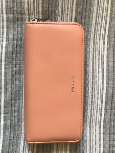 Name Brand Purses / Wallet