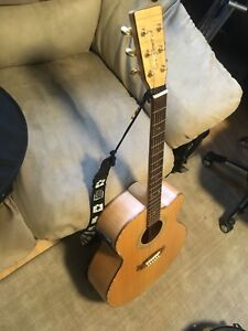 Tanglewood TW66 Acoustic Guitar With pickup(Save plenty)
