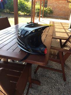 Wanted: Fox v4 helmet