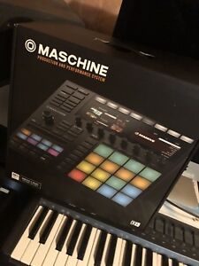 Maschine 3 Mint condition with 2 expansion packs