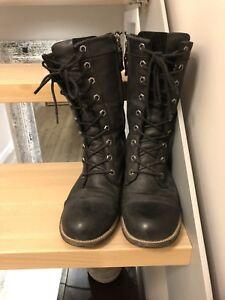 Ladies Kodiak winter boots- size 7
