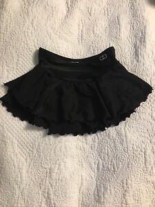 Mondor skating skirt size 8-10 $15