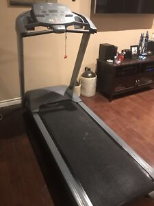Precore 923 Treadmill in excellent condition