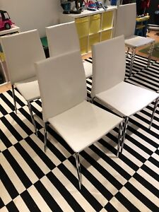 4 used chairs maison corbeil