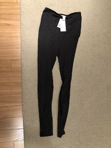 Maternity leggings - brand new, size small