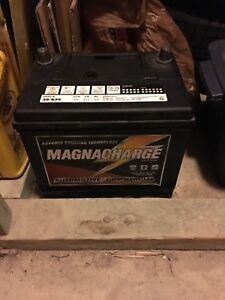 Magnacharge 35-625 car battery
