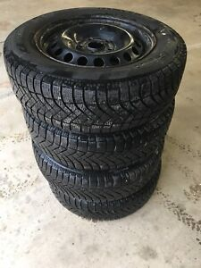 195 65 15 Pirelli Winter Tires on Rims