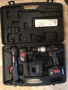 19.2 volts cordless drill set with right angle drill and case.