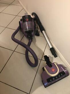 Hoover vacuum bag less vacuum cleaner