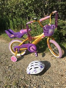 "14"" girls bike with helmet"