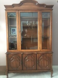 Dining room set (China Cabinet and Table)