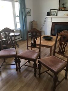 Chairs/ Dining/ Solid Hardwood/ Antique
