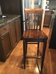 4 solid wood bait height stools