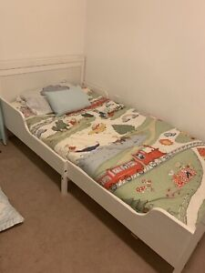 Children's extendable bed for sale*****
