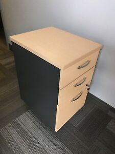 Small office drawer / cabinet
