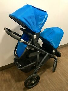 9/10 condition UPPAbaby vista with rumble seat and bassinet