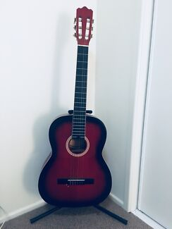 Beautiful new guitar+stand+case for sale