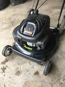 "Poulan lawnmower 6.5 horsepower 22"" in great condition"
