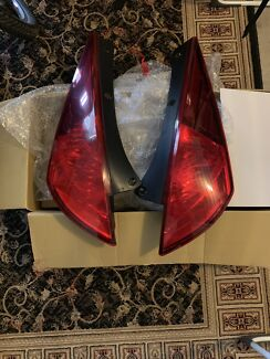 03-05 350z tail lights Beerwah Caloundra Area Preview