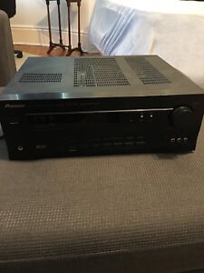 Pioneer receiver with 2 speakers