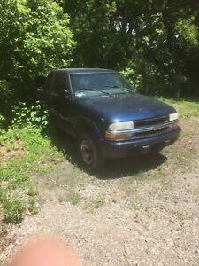 2003 s10 pickup