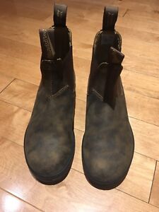 Blundstones - leather-lined rustic brown size 5