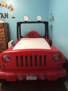 Jeep Wrangler toddler / twin bed
