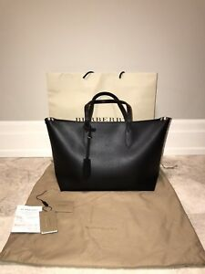 Authentic Burberry Black Ardwell Medium Zippered Tote / Purse