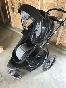 Stroller and baby car seat 200$ negociable