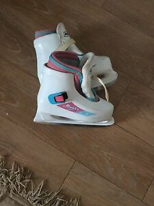 Bauer Girl's skates size 12/13. AVAILABLE