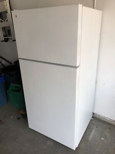 GE fridge apartment size -can deliver