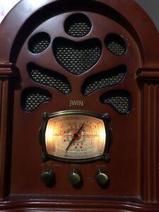 jWin Vintage Radio
