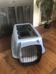Puppy/small dog crate or cartier
