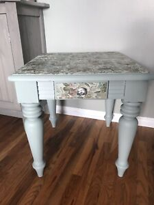 Pretty refinished sidetable