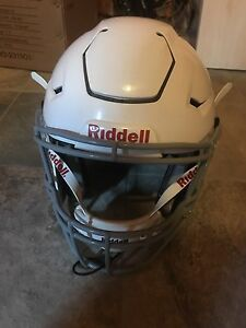 Helmet. Riddell Speedflex football helmet white