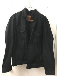 Black Levi's Denim Jacket