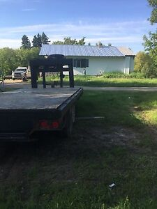 Gooseneck 5th wheel trailer
