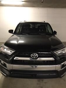 2016 Toyota 4Runner Limited - only 26K kms!