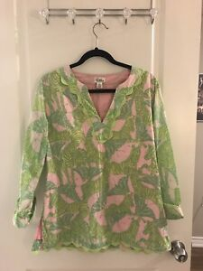 Lilly Pulitzer butterfly / zebra top (m)