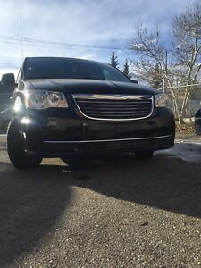 2011 Chrysler Town and country Nav/can,DVD