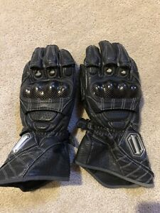 5 pairs of motorcycle gloves