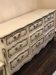 Antique solid wood 9 drawers dresser- $200!!!