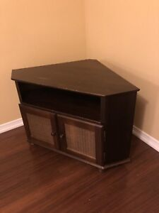 Corner TV stand with cabinet