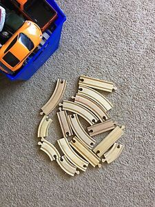 Wooden tracks for trains Lot B