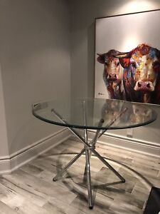 Mitchell Gold +Bob Williams Round Dining Table