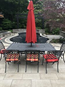 Outdoor patio dining collection - table and chairs set