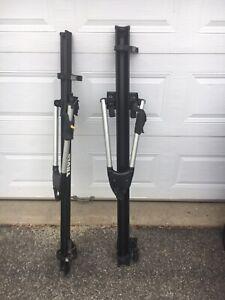 2 supports à vélo Thule big mouth bike rack