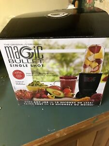 Magic bullet blender with extras