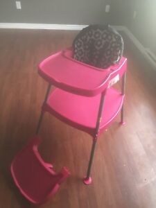 High chair/ toddler table