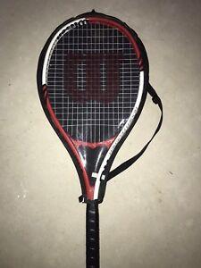 Wilson Roger Defender tennis racquet